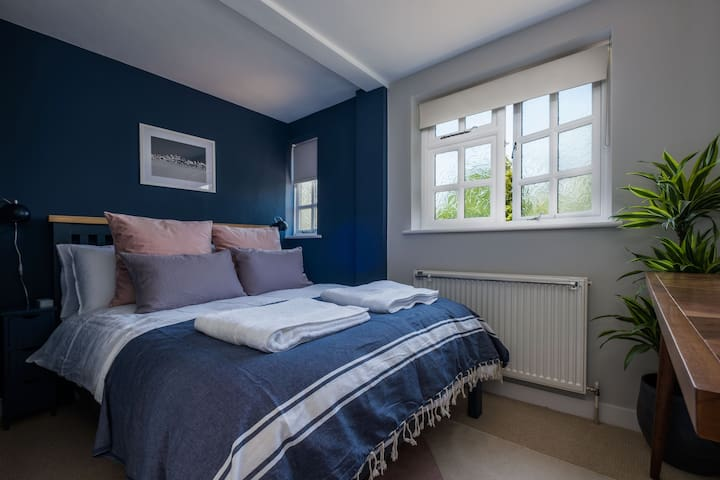 Master bedroom. French linen bedding. Nectar sleep mattress.
