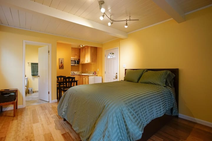 White Oak Private Studio Bay Area - San Carlos - Guesthouse