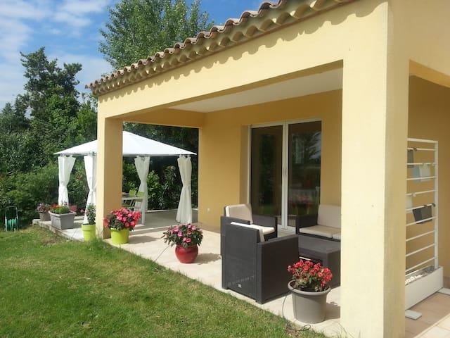Votre studio en Provence - Piolenc - House