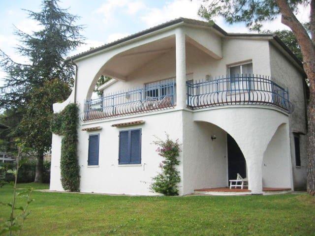 villaggio Taunus - villa singola climatizzata