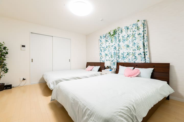 All the amenities needed for a comfortable stay up to long term.