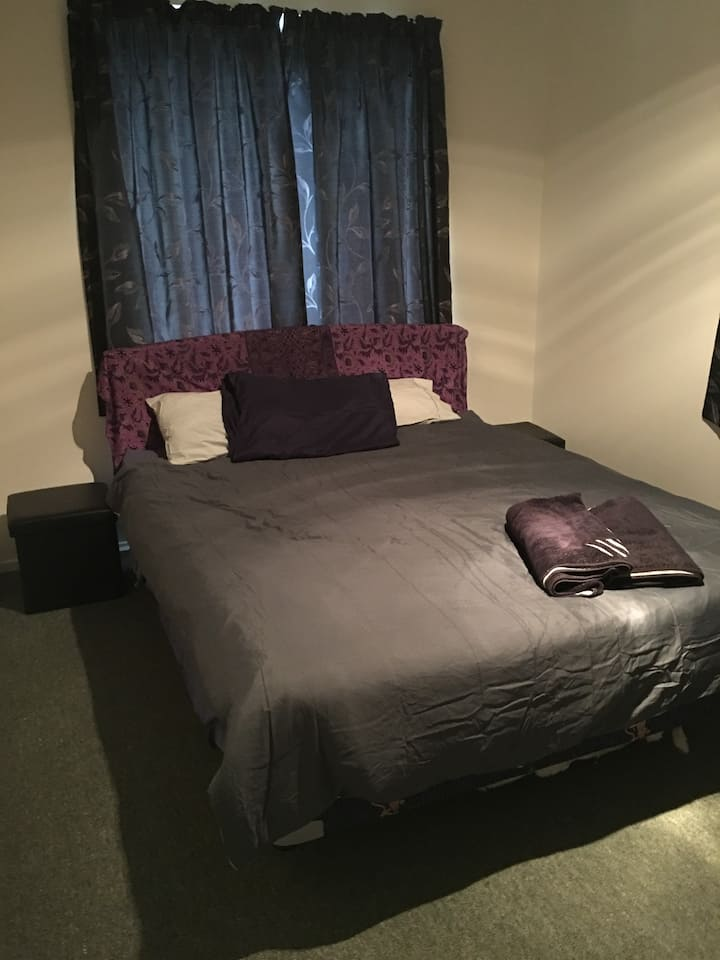 Vegan Home - warm, quiet and near to the city
