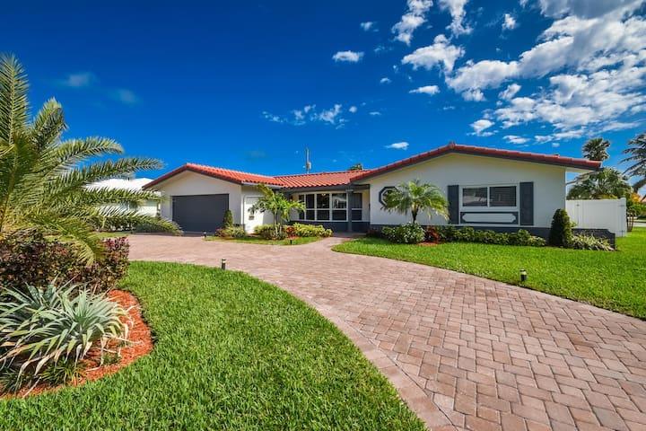 Luxury Deerfield Beach Vacation Villa