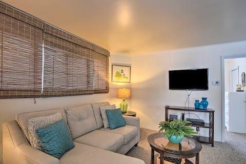 Hip Downtown Cottage - Walk to Beach, Pier, Dining