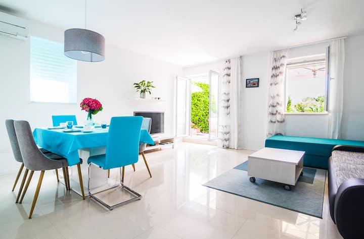 Forest&Sea apartment Table tennis & Bikes incl