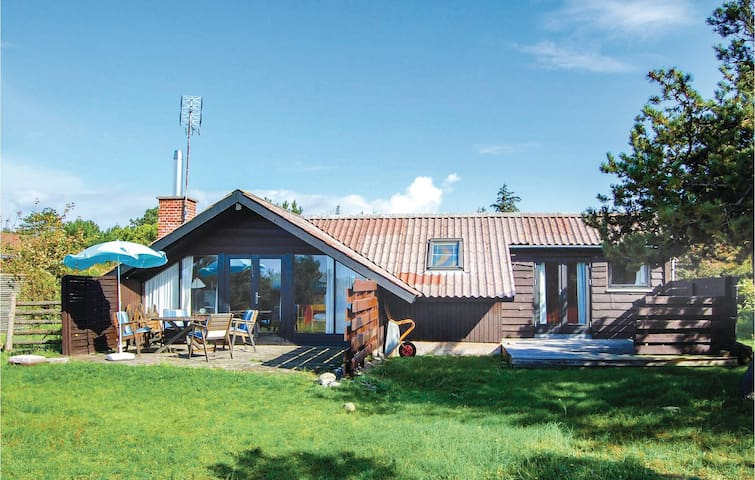 Holiday cottage with 3 bedrooms on 76m² in Humble