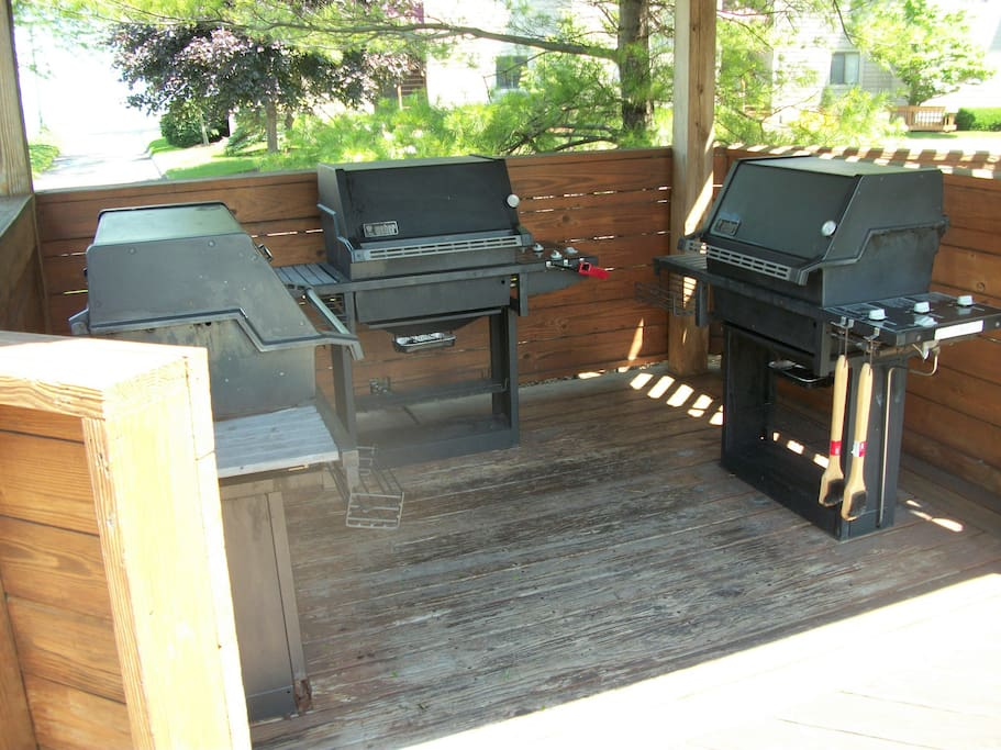 Community Gas Grills next to Pool area