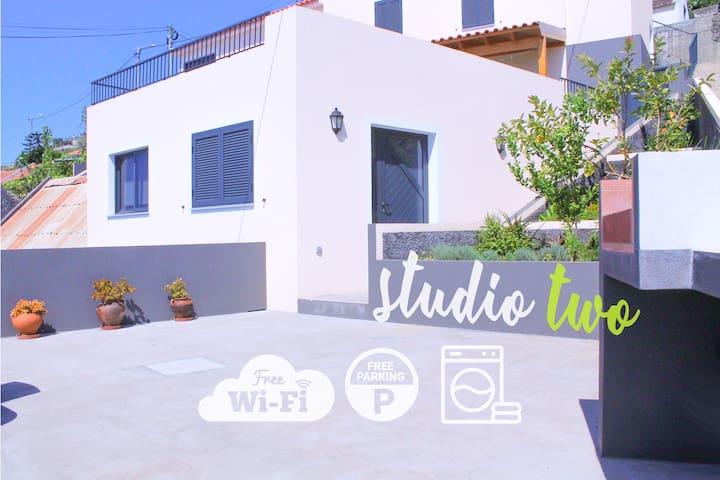 Studio Two | Perfect Budget Retreat with Free WIFI