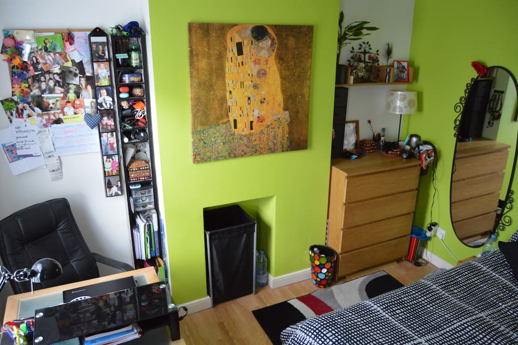 Master room pic2