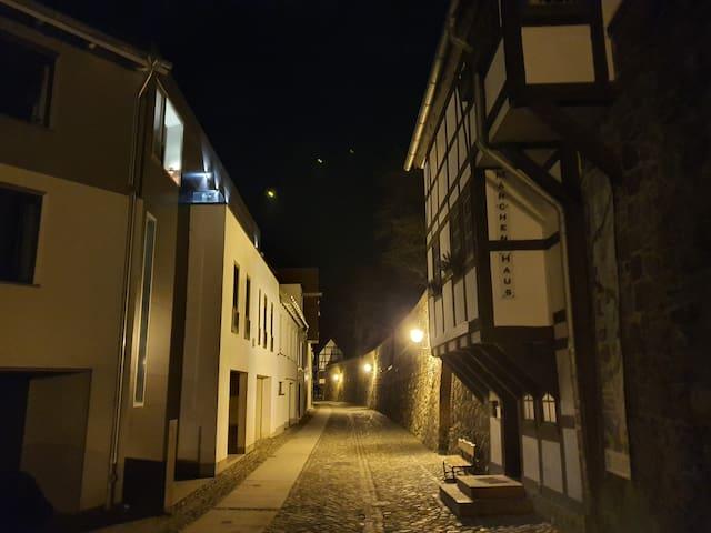 separate Gästewohnung direkt an der Wallmauer