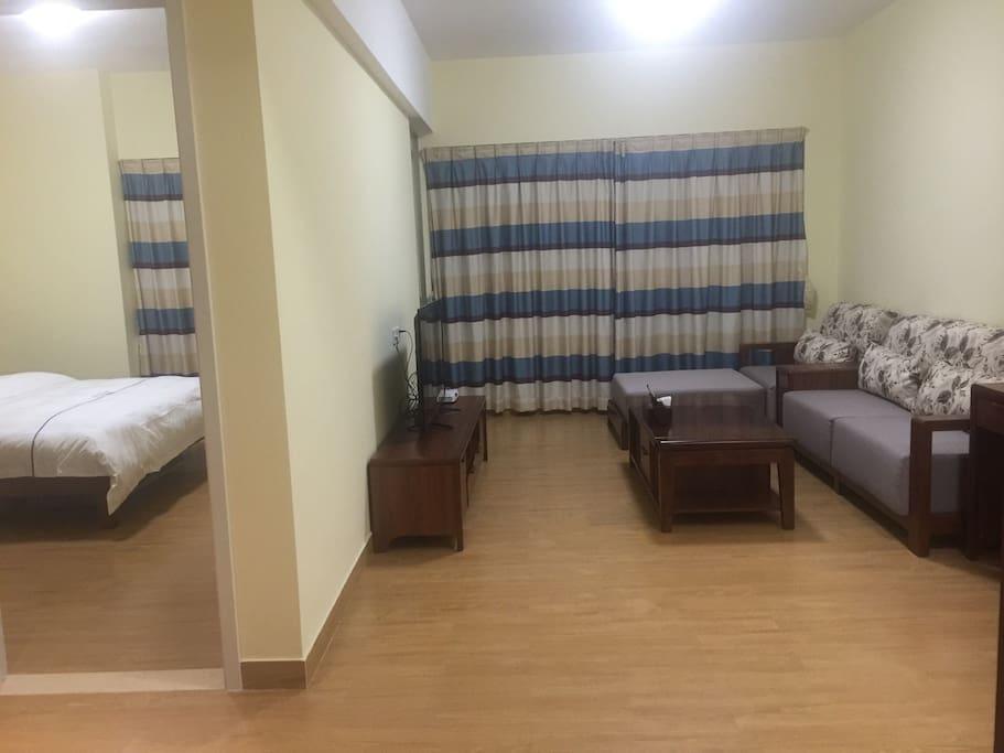客厅加卧室