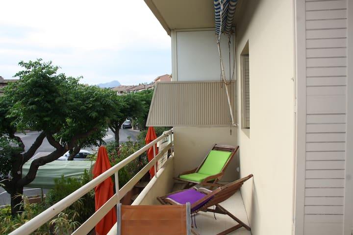 Appartement T2 - Carqueiranne