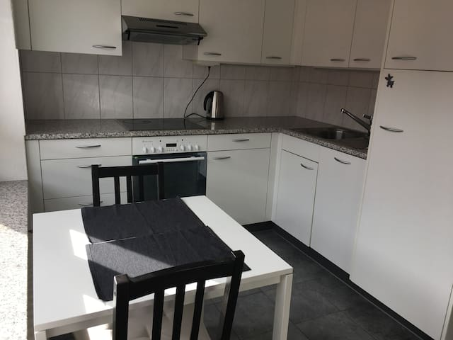 Cozy flat near center - Zurych - Apartament