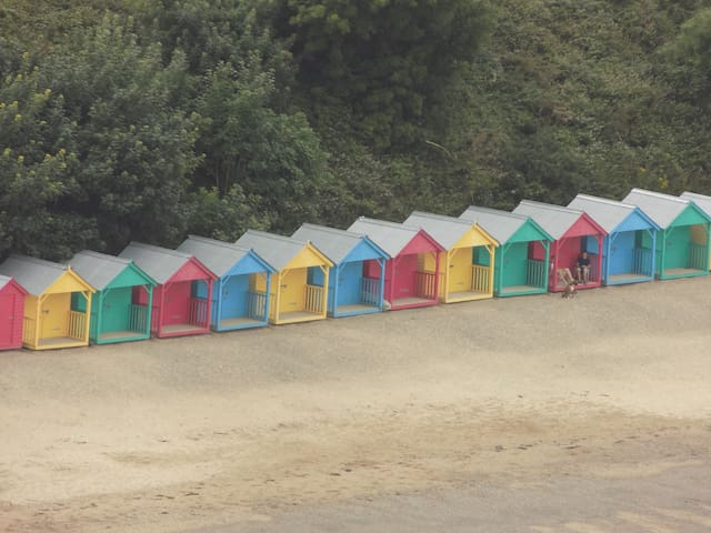 The huts, Llanbedrog beach (Apr-Sept)