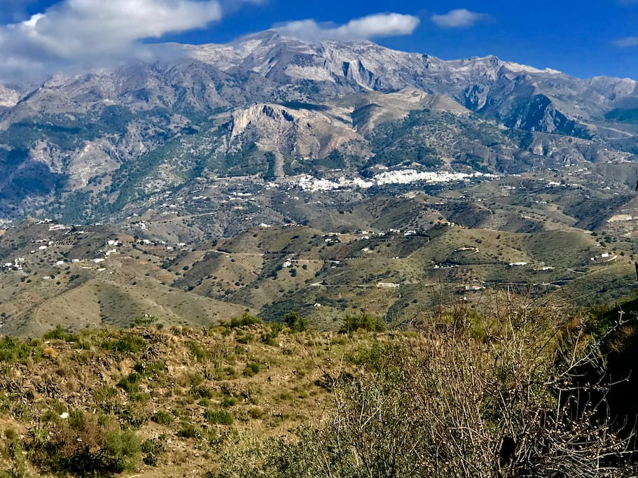 The village of Canillas is nestled in the foothills of  La Maroma National Park. The highest mountain in Andalusia.