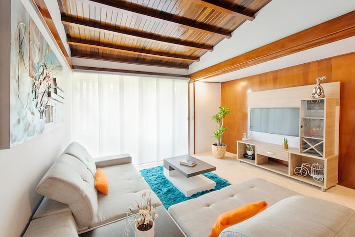 Beautiful apartment, great location - Medellín  - Byt
