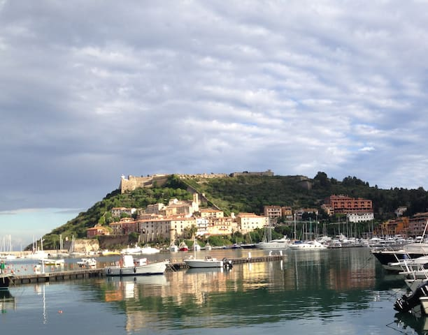 Splendido monolocale sul porto - Porto Ercole - Osakehuoneisto