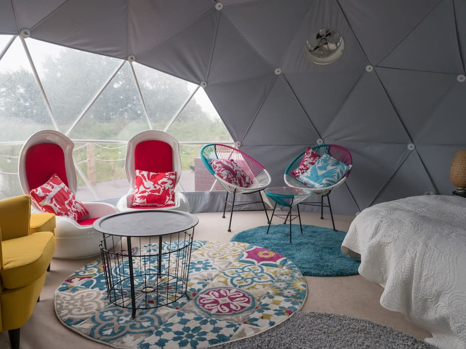 Lounge area in dome.