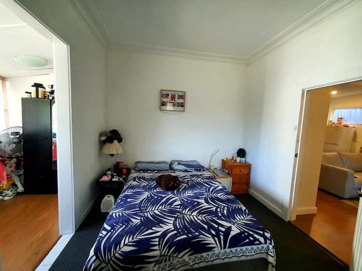 Large room available 320$ single 360$ couple