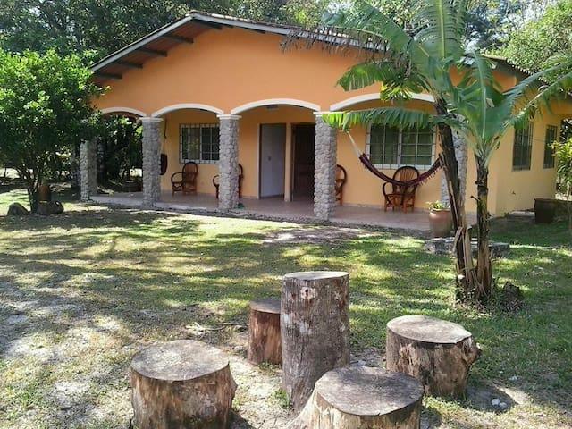 Alquiler de Cabañas y Sala para Eventos - El Valle de Antón