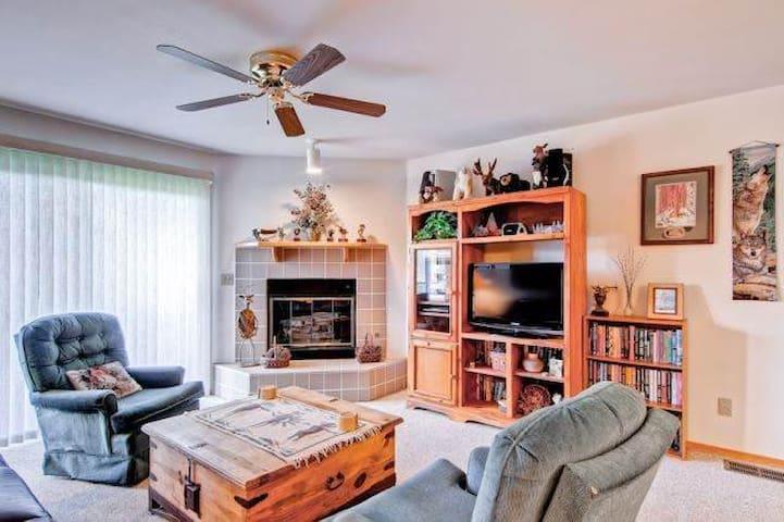 LAKE VIEW, 2 BDRM CONDO, SLPS 8  (F203) - Frisco - Apartamento