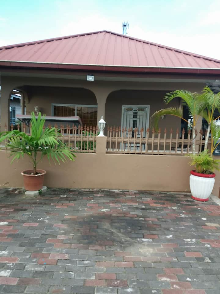 House in Kwatta for Rent