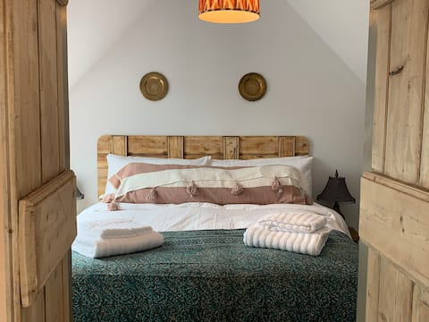 The Frog -Secluded hideaway on the Somerset Levels