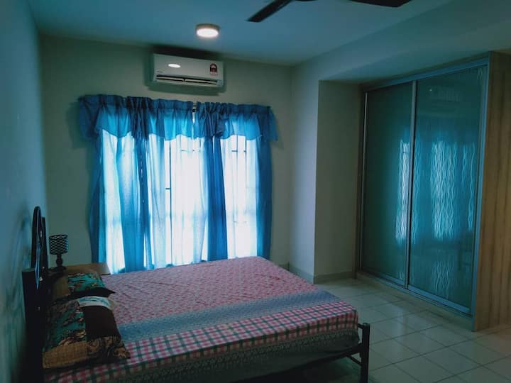 [HOT!] Nilai Wholesome Double Story Terrace House