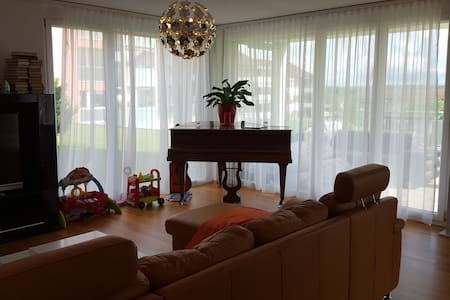 Modern apartment w/ 2 bedrooms, ideal for a family - Kreuzlingen