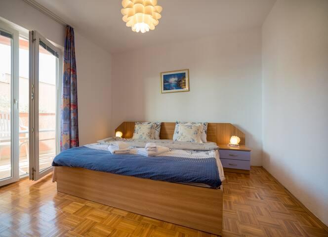 One bedroom apartment near Kamenovo beach