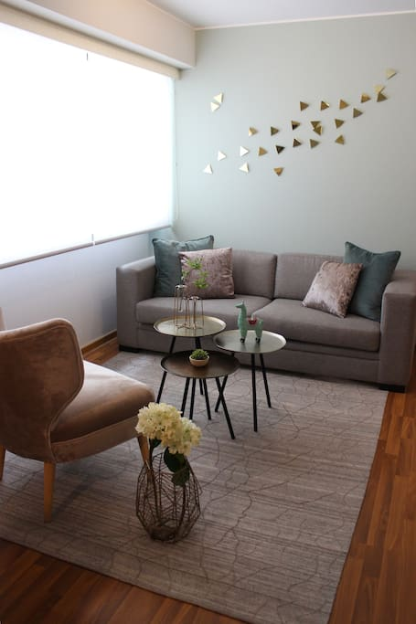 """""""The apartment is beautiful, stylish, it had enough room for all of us to fit comfortably with all our things. On top of that, the location was perfect! Just a few blocks from Parque Kennedy and all the shops and markets"""" - Nikoleta"""