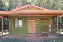 Cabina tranquila en ashram hindú.