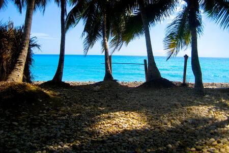 Oceanfront 2bedroom House - Jacmel - Dom