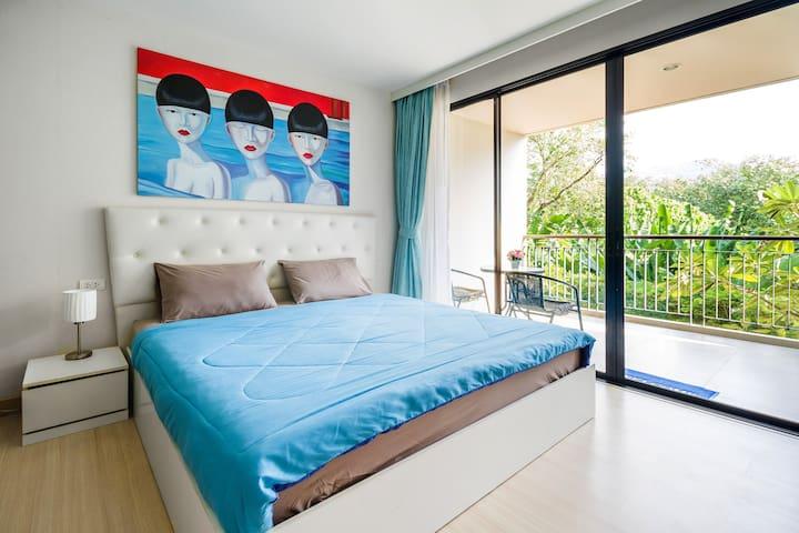 Modern Studio Zuza Rooftop Pool Patong Beach