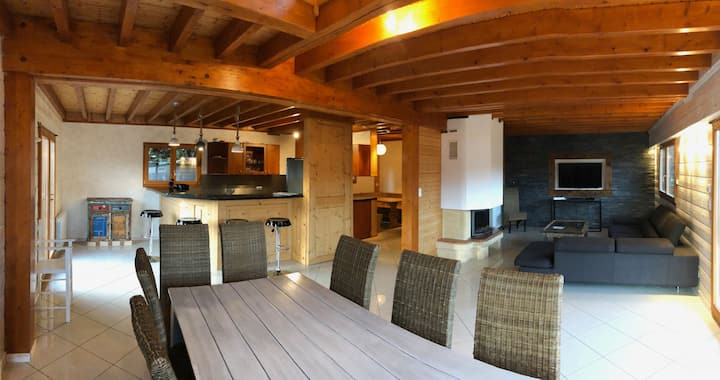 Mountain lodge with spectacular views – Chalet Blanc Ruxel