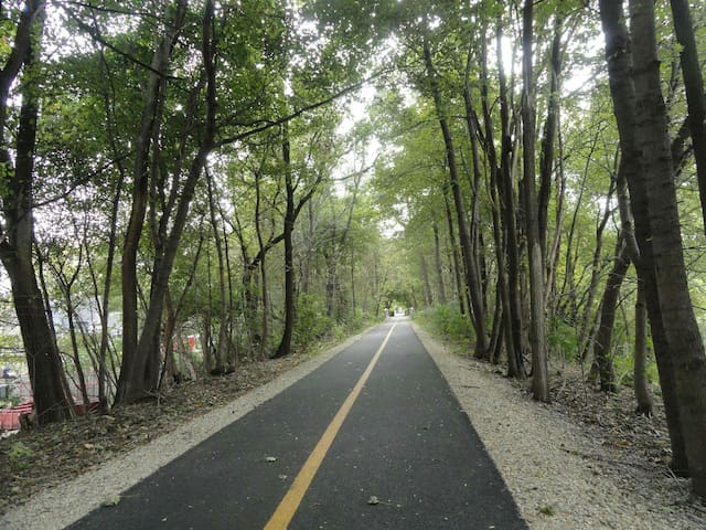 Prairie bike path.