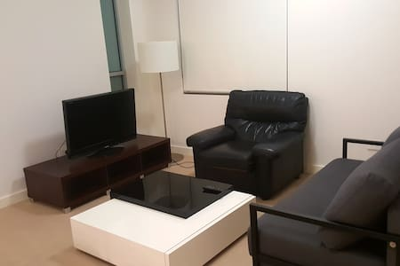 Comfortable one bedroom close Olympic Park RHO304 - Wentworth Point
