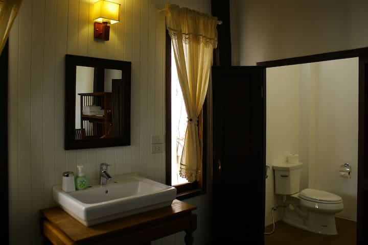 Bathroom of Room No.2