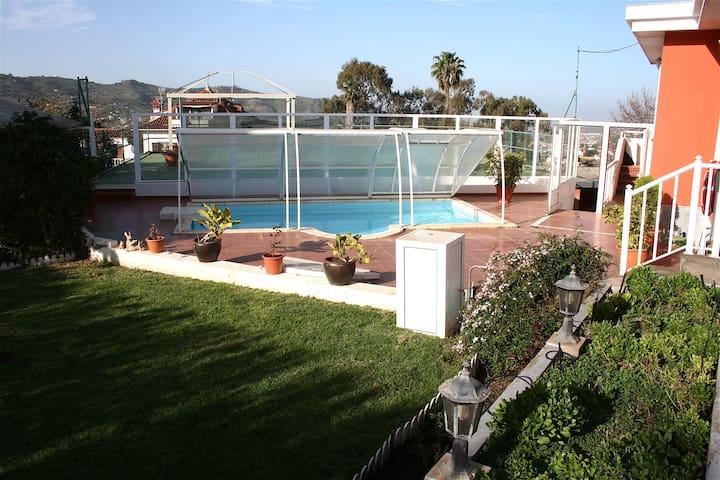 Fabulosa Villa-Casa Rural con piscina y barbacoa - Santa Brígida - Xalet