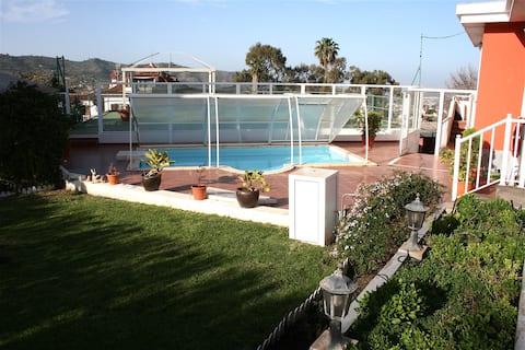 Magnífica villa con piscina climatizada y barbacoa