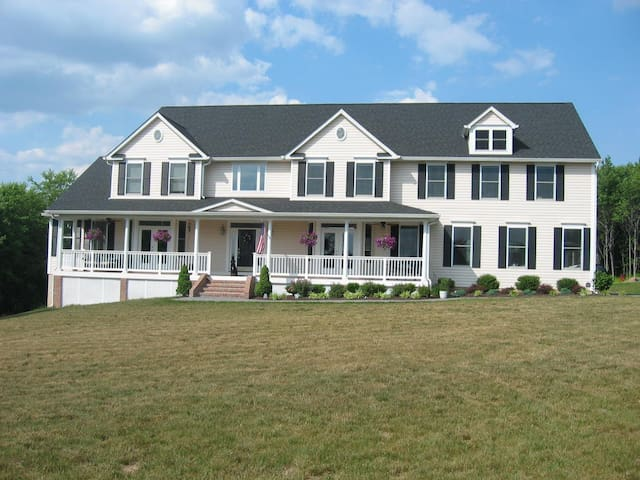 7 bedroom for lg. grps near DC&Balt