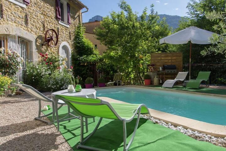 Location à la semaine appartement dans villa