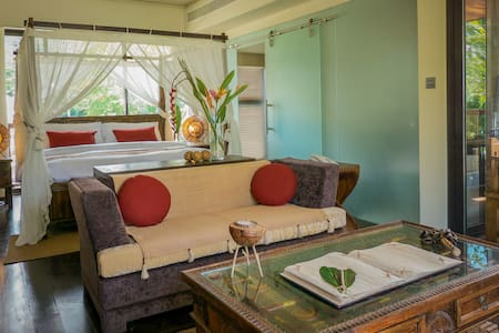 Dhevatara Beach Hotel - Ocean View Suite - Grand Anse