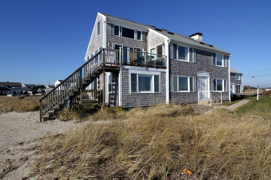 Spend your Cape Cod stay by the ocean!
