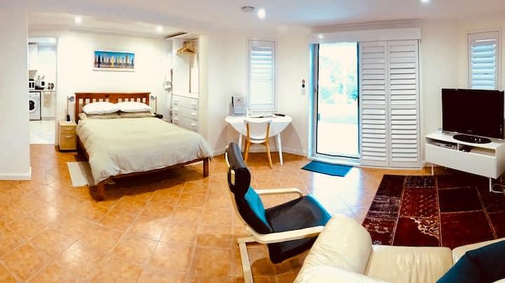 Private & Quiet Garden Apartment