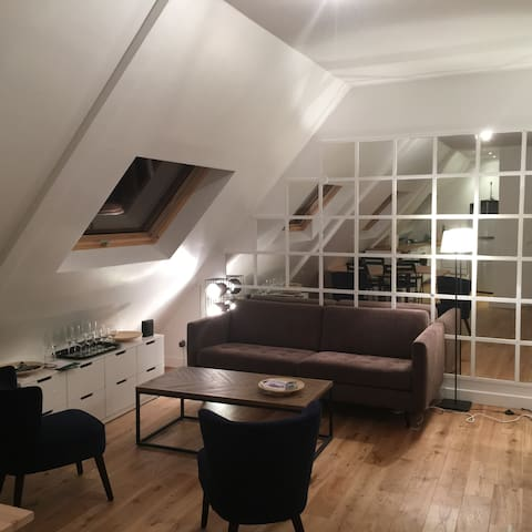 Charming flat near Champs Elysée in Paris' sky
