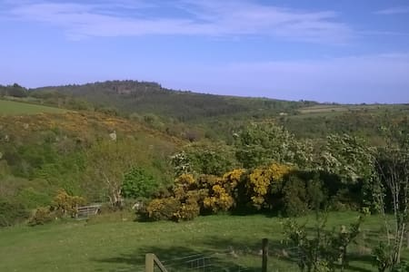 Private barn in the beautiful Manx countryside. - Laxey - Other