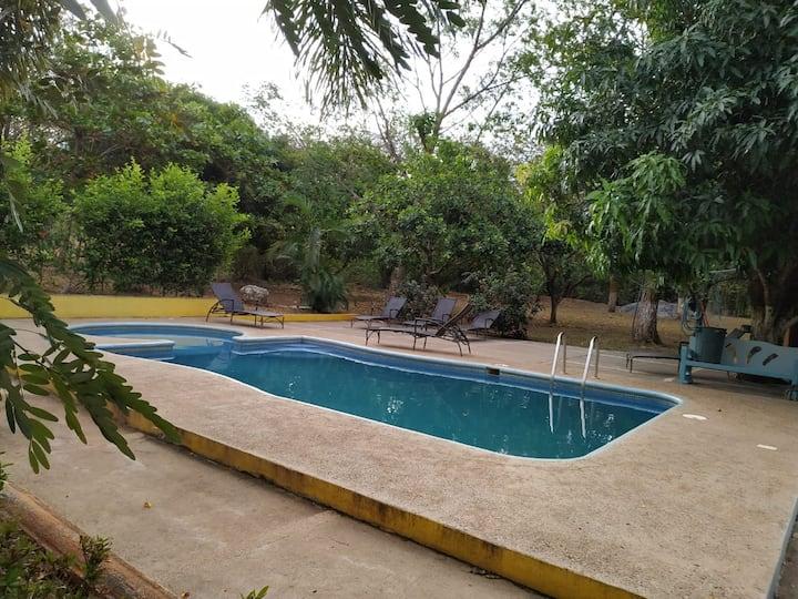 Nalu hotel Tamarindo-Nature, Surf & tranquility