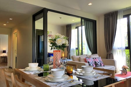 Cozy 2 Bed Condo with own Jacuzzi - Patong - Apartamento