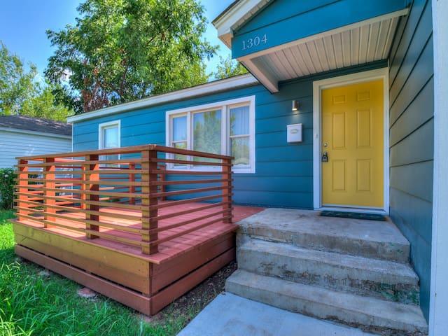 Upscale Retreat in Quiet Neighborhood